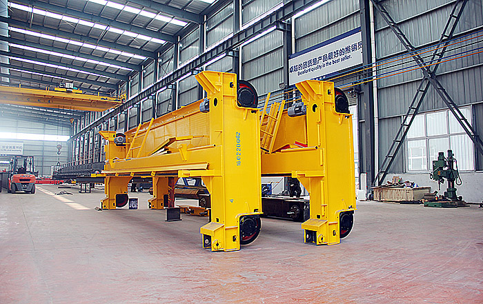 Overhead Cranes Pakistan : Double girder gantry crane delivery to pakistan weihua group