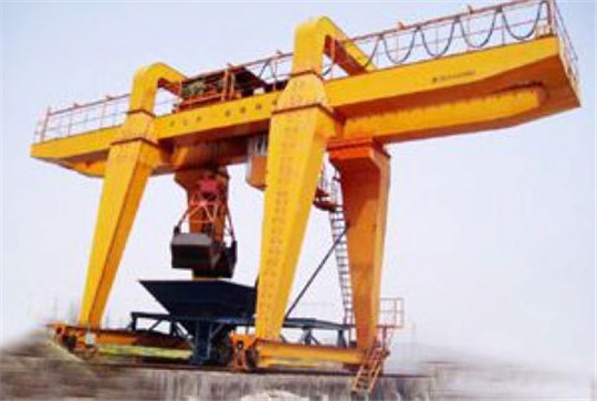 Gantry Crane With Grab Bucket
